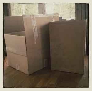 basteltipp wir basteln ein papphaus aus grossen kartons k ken nest. Black Bedroom Furniture Sets. Home Design Ideas